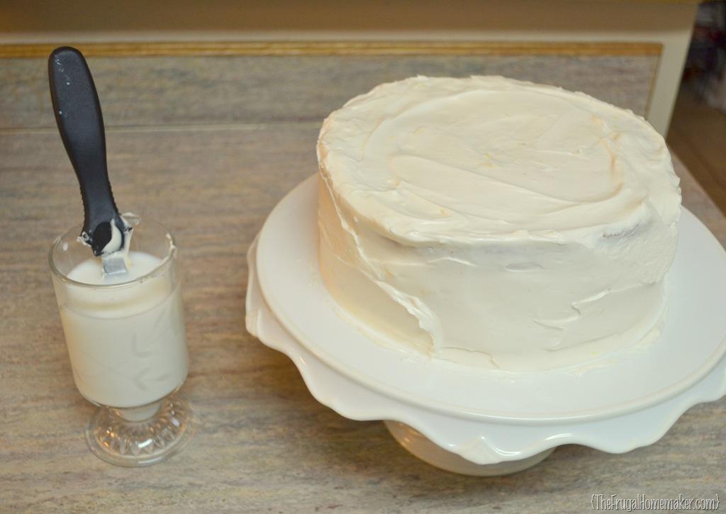 strawberry white chocolate cake w lemon cream cheese icing