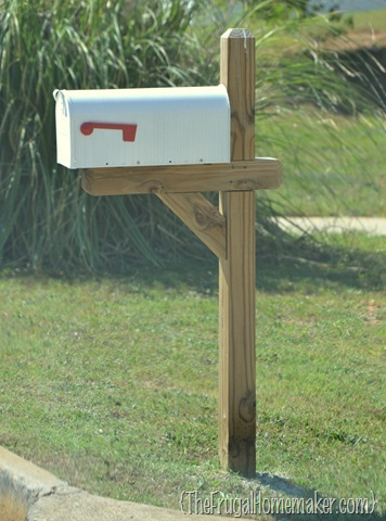 Mailbox dilemma–ask my readers!