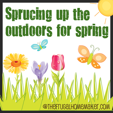 Cleaning out the flower beds {Sprucing up the Outdoors for Spring series}