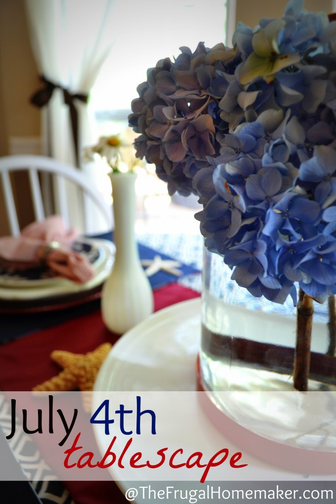 4th of July tablescape {Patriotic table}