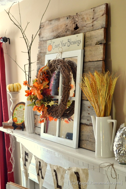 Fall mantel with pallet wood