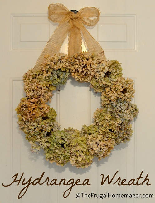 Dried Hydrangea wreath {fall wreath} + our updated entryway