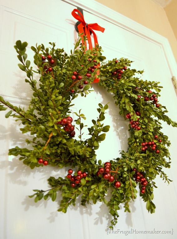 A Free Boxwood Christmas Wreath