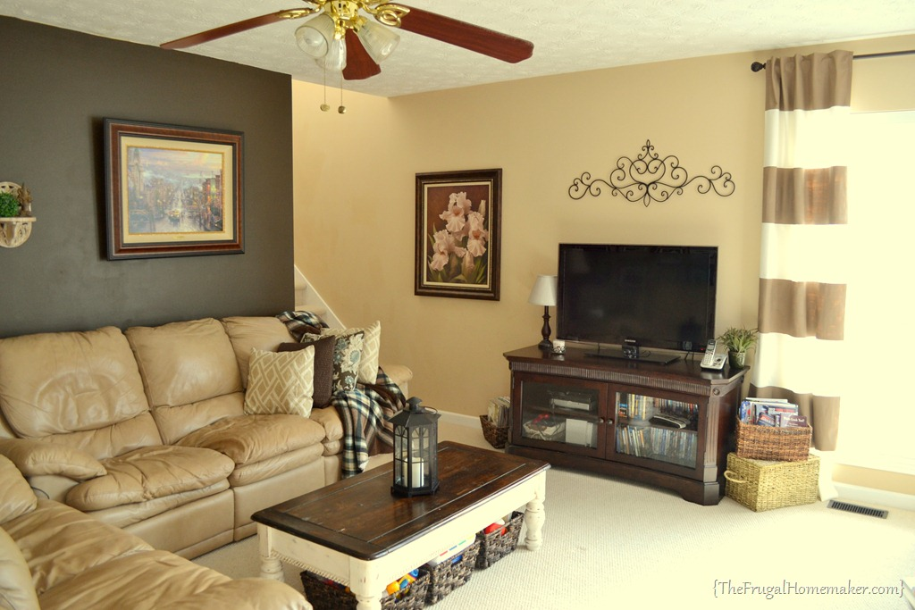House tour living room Chocolate colour wall paint