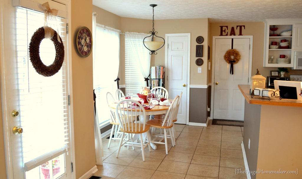 House tour: Eat-in kitchen