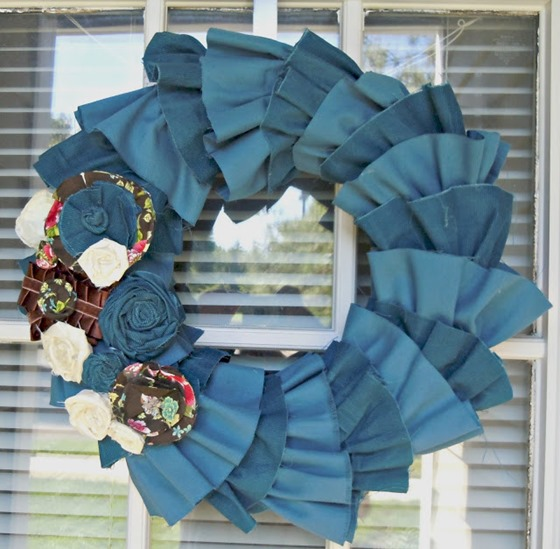 Fall Ruffle Wreath 002.copy