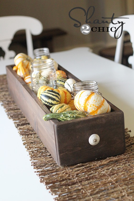 table-centerpiece-for-fall
