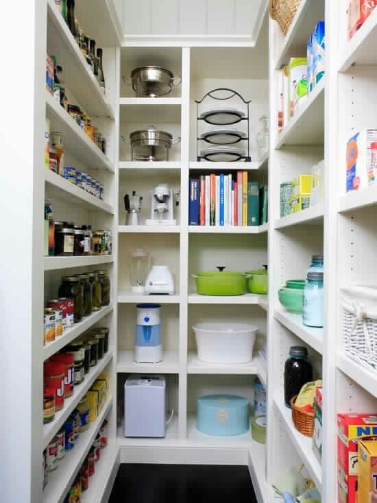 10 Pretty And Organized Pantries