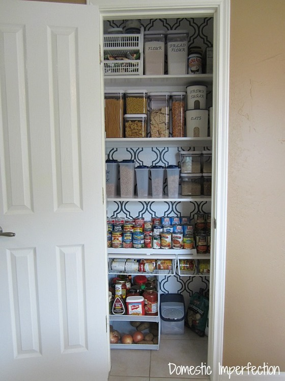 stenciled walls in pantry