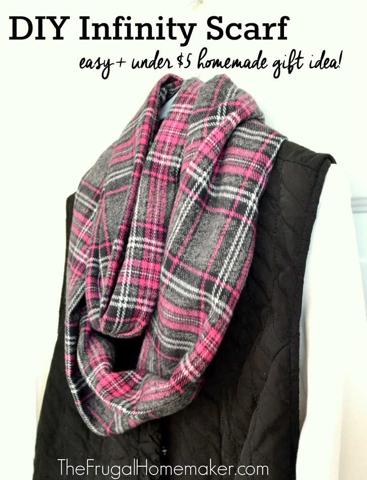infinity scarf tutorial diy gifts for 5 or less