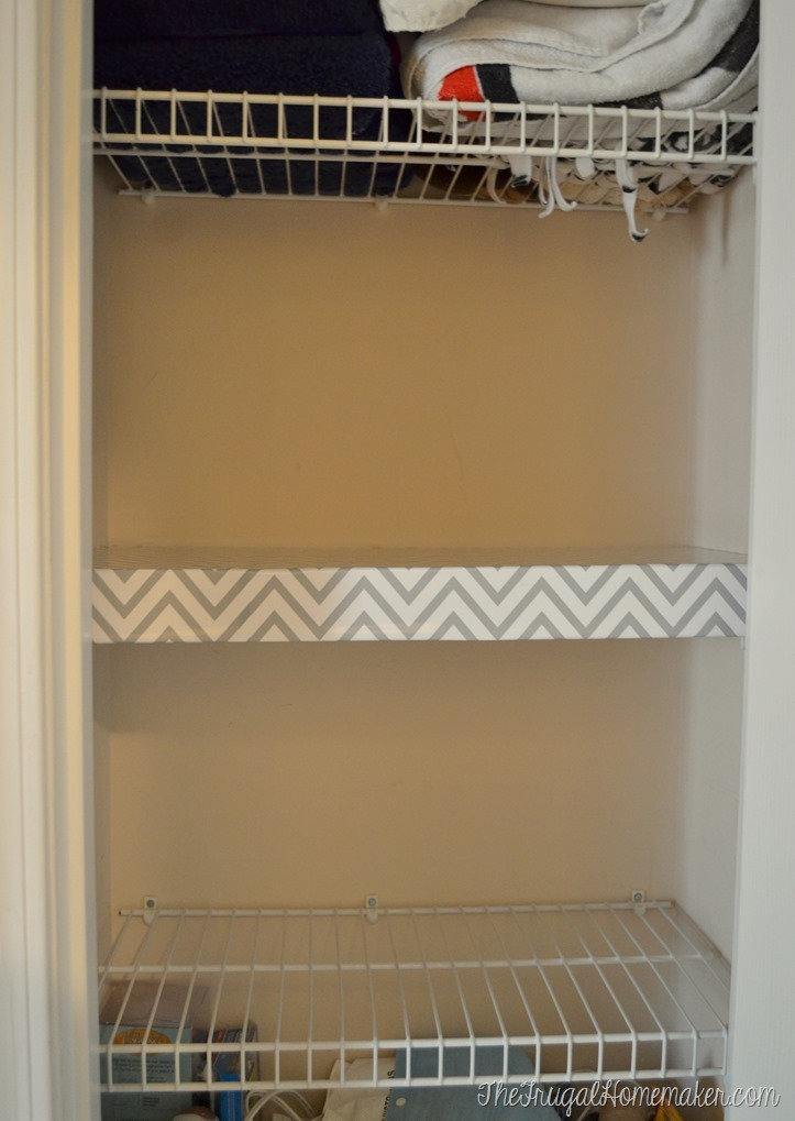 How to change up wire shelves for less than 10 for Simple closet shelves