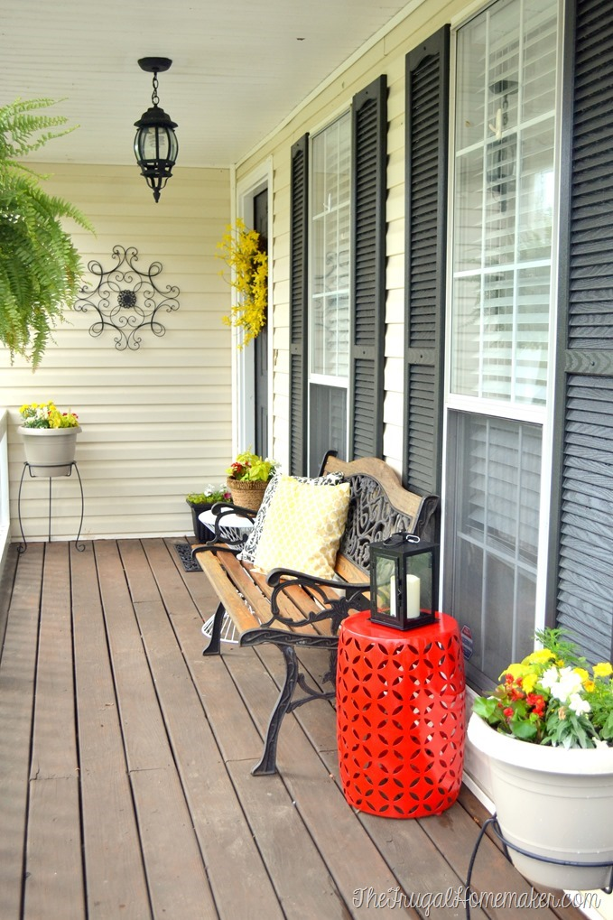 Spring Front Porch refreshed with spray paint