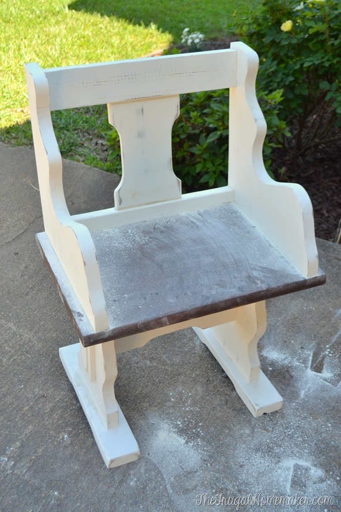 Small Pew Bench Makeover with Chalky Finish Paint
