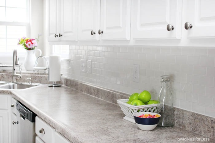 white-subway-tile-backsplash1