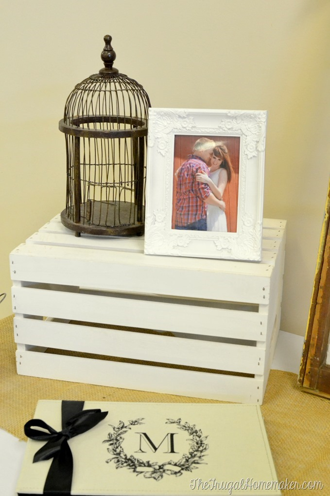 Using wood crates to decorate for weddings or parties