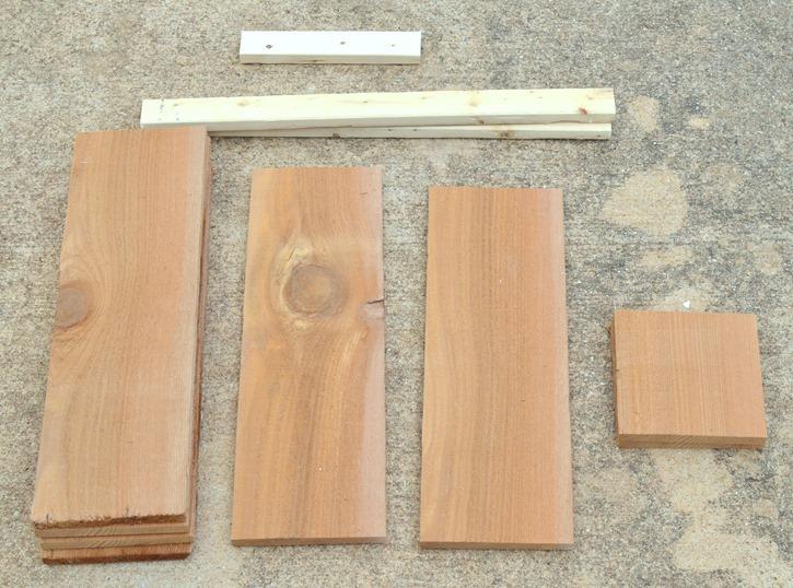 DIY Rustic Wood Pumpkin Stand