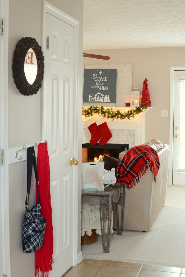 Merry and Bright Christmas Home Tour – part 1 (plus giveaway!)