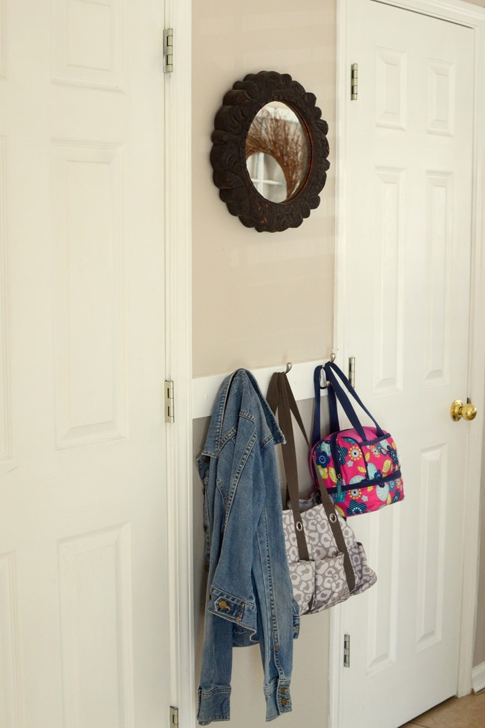 Simple and easy entryway organization