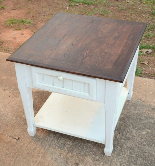 $8.00 end table makeover