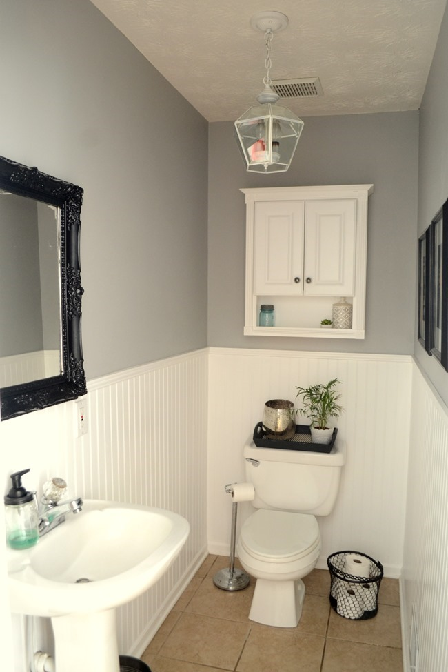 How to Update a Very Boring Powder Room
