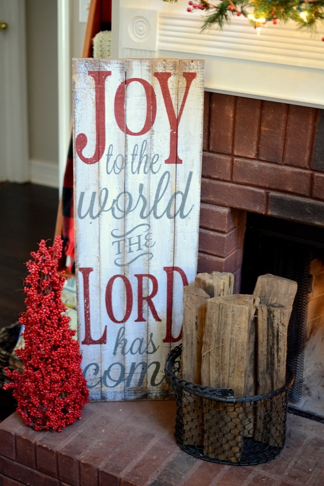Joy to the World pallet sign on Farmhouse Christmas mantel