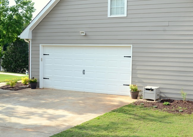 How To Add Character To Your Garage Door In 5 Minutes And