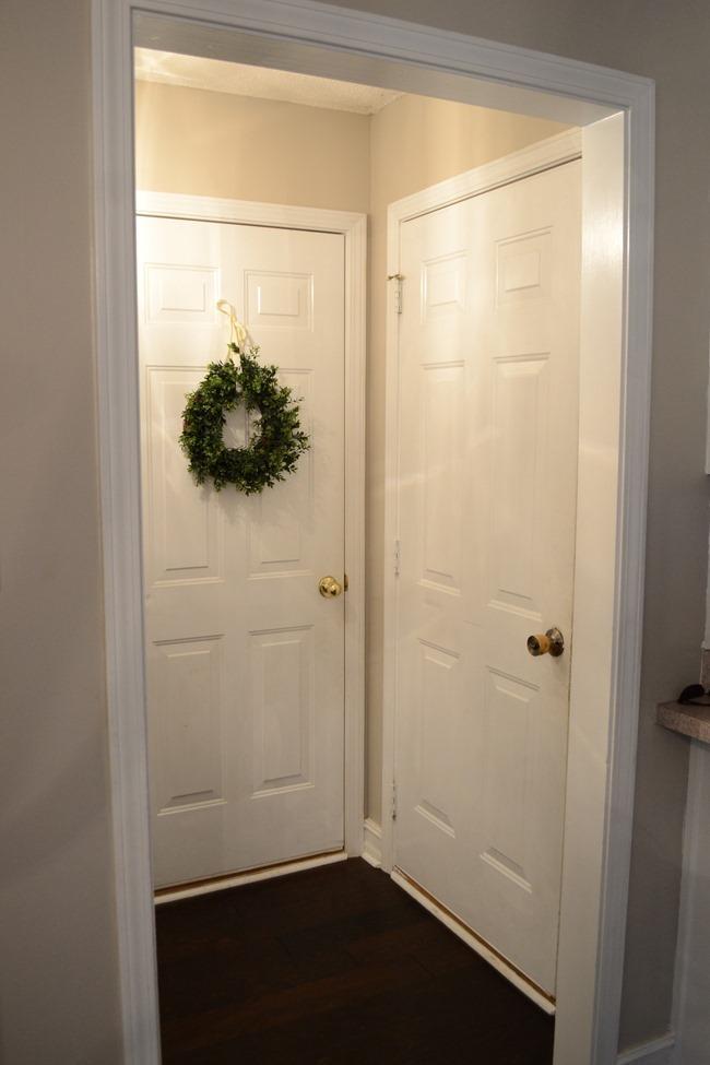 Hallway-mudroom before-4