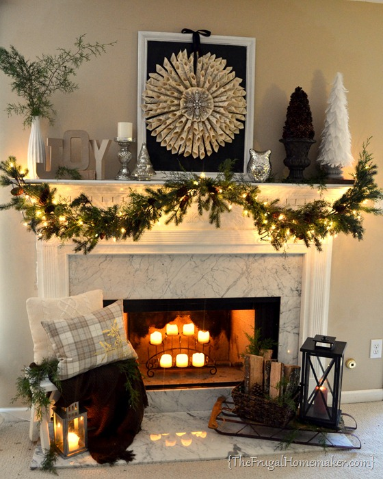 Neutral Vintage Christmas mantel