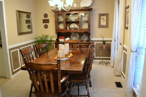 Dining room in between