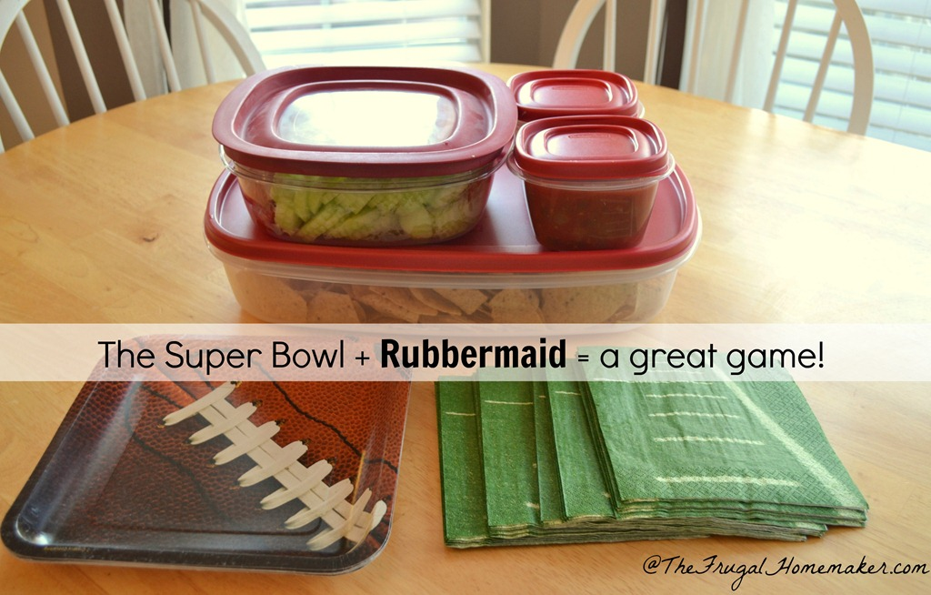 Making game day food easy with Rubbermaid + my favorite black bean and corn salsa recipe