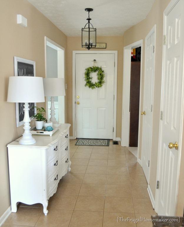 house tour: entryway
