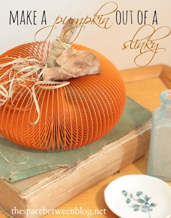 pumpkin-craft-from-a-slinky