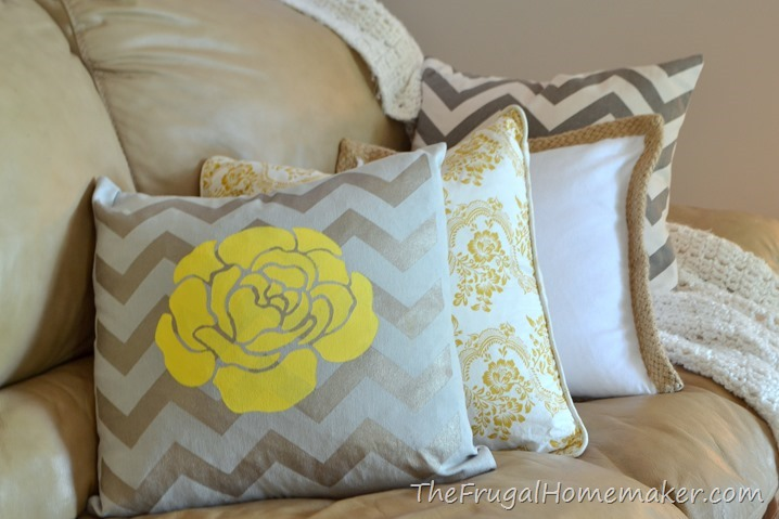 Easy Stenciled painted pillow with Tulip for your Home