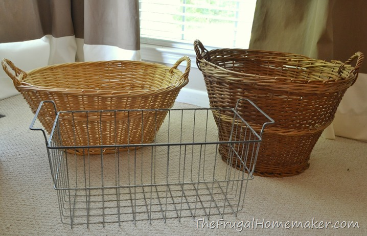 Frugal Friday Finds: baskets, games, a mirror, and pillows