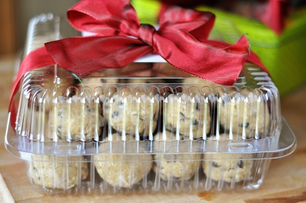 Cookies-Container-Bow-jpg