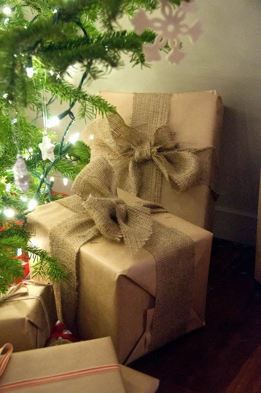 adorable-burlap-christmas-gifts-wrapping-ideas-_sxzq