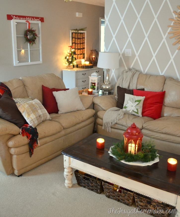 Christmas living room and entryway