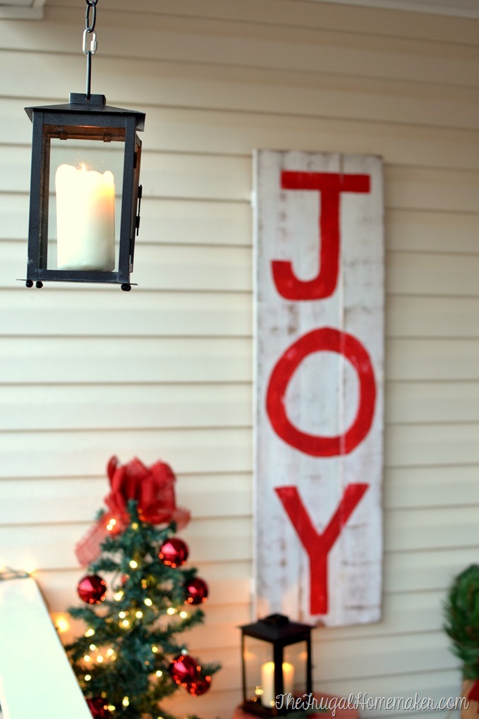 Christmas front porch and a cheap/easy layered Christmas wreath