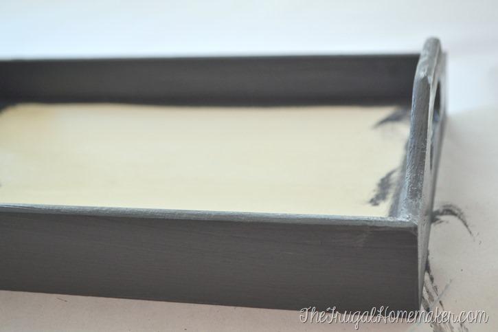 DIY tray: Distressed Decou-Page Tray