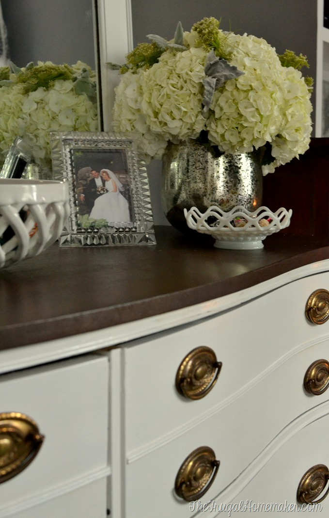Painted Dresser and Mirror makeover (Master Bedroom furniture)