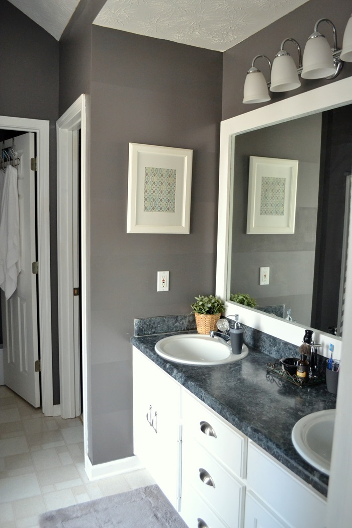 Create a clean + organized bathroom (31 days to Love the Home You Have)
