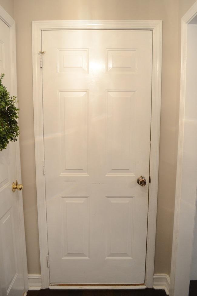 Hallway-mudroom before-5