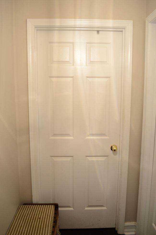 Hallway-mudroom before-6