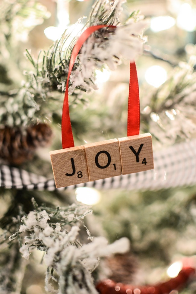 DIY Scrabble Letter Ornaments-11