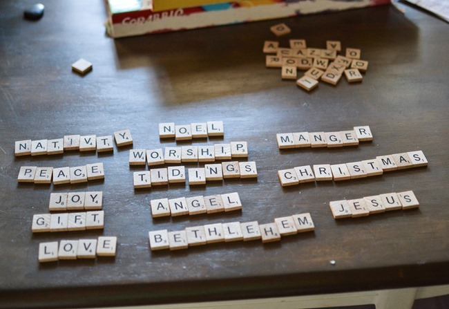 DIY Scrabble Letter Ornaments-2