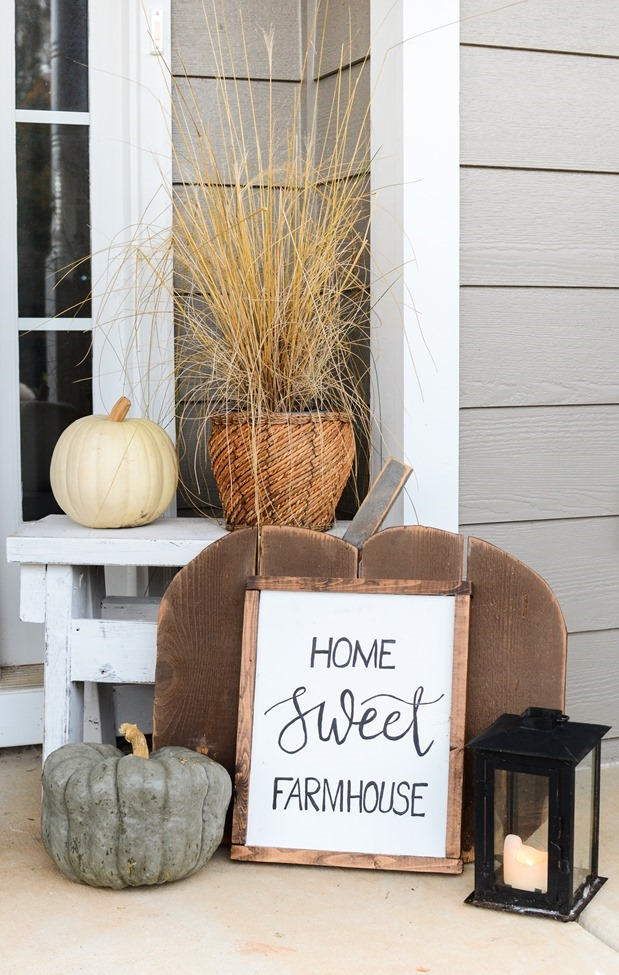 Farmhouse Fall Front Porch-17
