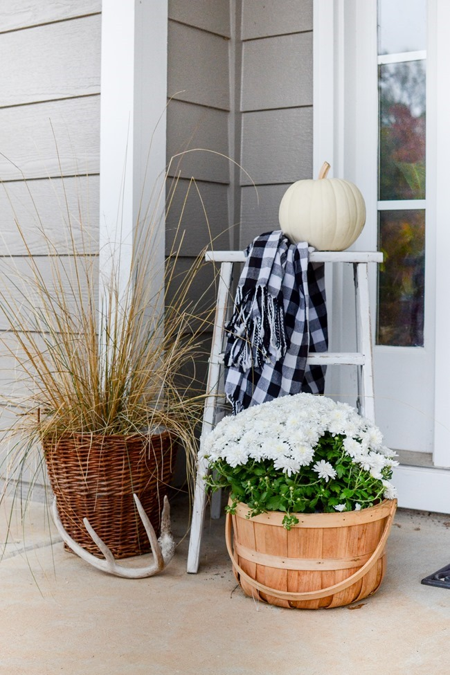 Farmhouse Fall Front Porch-9