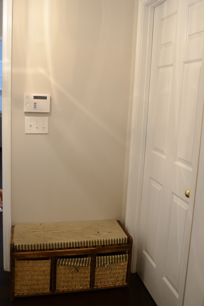 Hallway-mudroom before-8