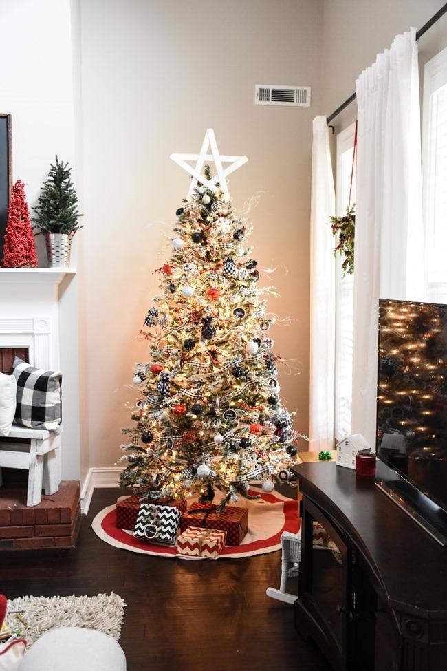 Christmas Wood Star (6 of 15)