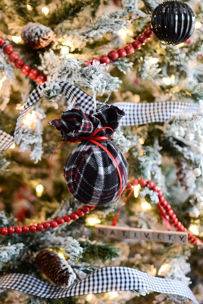 DIY Christmas flannel plaid ornaments-10